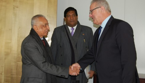 Finance Minister Ravi Karunanayake and Development Strategies & International Trade Minister Malik Samarawickrama meet European Commissioner for Development Cooperation Neven Mimica at the European Commission in Brussels on 20.01.2017